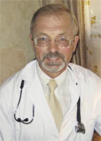 Леоненко Вячеслав Викторович, областная инфекционная больница г.Иркутска, заведующий приемным отделением, кандидат медицинских наук.